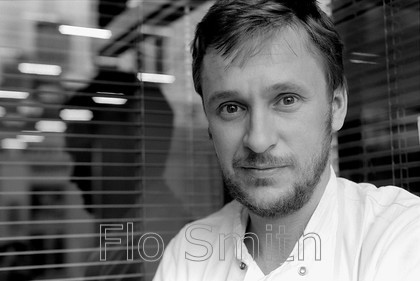 FS0195ALittle04 