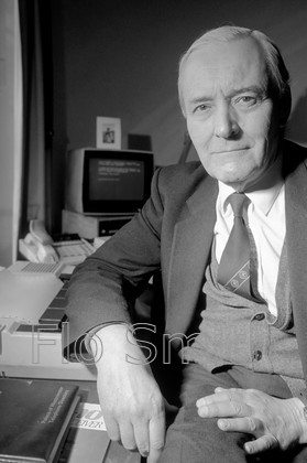 FS079TBBW 